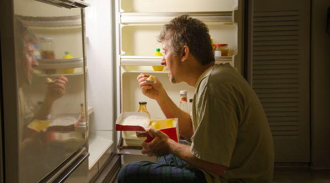 Penyakit Gangguan Makan Nokturnal (Mike Focus/Shutterstock)