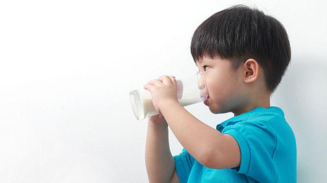 Kenali Gejala Intoleransi Laktosa pada Anak (TY-Lim/Shutterstock)