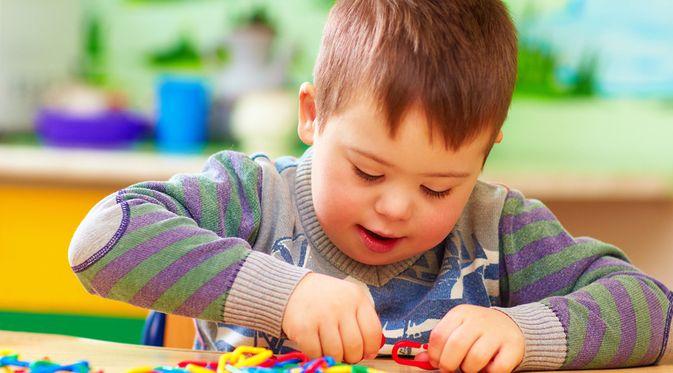 Penyakit Autisme (Olesia Bilkei/Shutterstock)