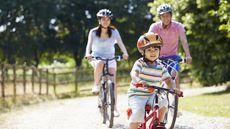 Porsi Olahraga yang Pas untuk Anak