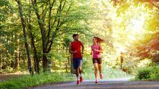 Mau Sehat dan Bisa Melestarikan Alam, Lari dengan Cara Ini (PointImages/Shutterstock)