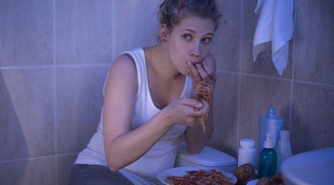 Penyakit Binge Eating Disorder (Photographee.eu/Shutterstock)