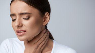Jangan Abaikan 5 Gejala Sakit Tenggorokan Ini Info Sehat