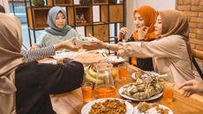 5 Akibat Ibu Hamil Kalap Menyantap Hidangan Lebaran (Odua-Images/shutterstock)