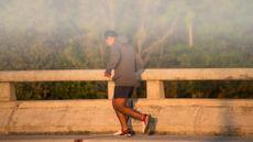 Olahraga Saat Ada Kabut Asap, Apa Bahayanya? (MS Mikel/Shutterstock)