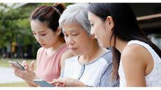 Tips Cerdas Sharenting agar Tak Kebablasan (Leungchopan/Shutterstock)