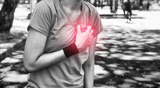 Penyakit Angina Pektoris (BaanTaksinStudio/Shutterstock)