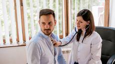 9 Gejala Kanker yang Sering Diabaikan Pria (Branislav Nenin/Shutterstock)