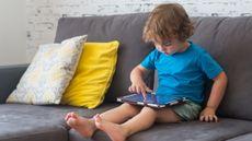 Terapi untuk Mengatasi Anak yang Kecanduan Gawai (polya_olya/Shutterstock)