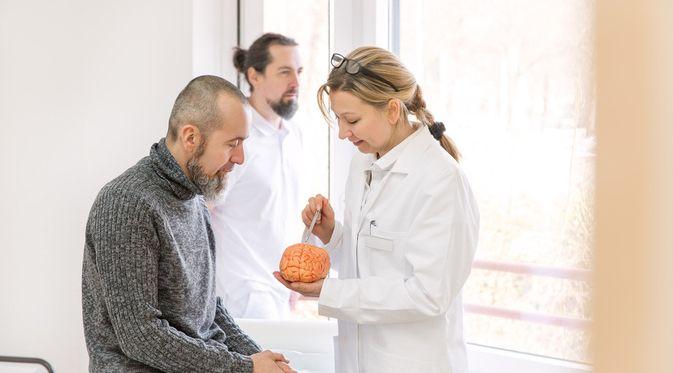 Penyakit Multiple Sclerosis (Miriam Doerr Martin Frommherz/Shutterstock)
