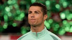 Pria Tak Perlu Malu, Ini Manfaat Menangis seperti Cristiano Ronaldo (RMilan/Shutterstock)